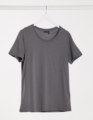 ASOS DESIGN t-shirt with scoop neck in washed black