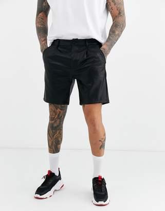 Asos Design DESIGN slim shorts in faux leather-Black