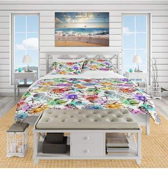 Designart 'Modern Seashells Pattern' Nautical and Coastal Duvet Cover Set - Queen Bedding