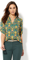 New York & Co. Soho Soft Shirt - One-Pocket Popover - Medallion Print