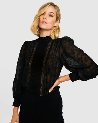 Forcast Sadie Long Sleeve Lace Blouse