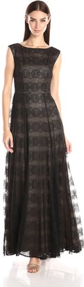 Vera Wang Women's Sleeveless Black Lace Gown with Nude Lining 10