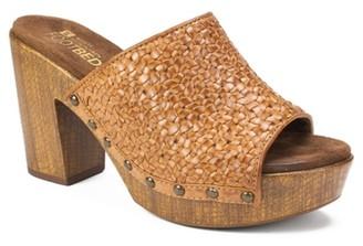 White Mountain Altoria Platform Sandal
