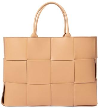 Bottega Veneta Arco Medium leather tote