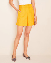Ann Taylor The Petite Pull On Short
