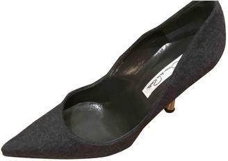Oscar de la Renta Grey Tweed Heels