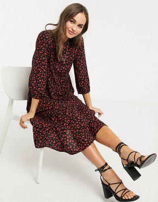 New Look tiered smock midaxi dress in black pattern