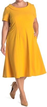 Donna Morgan Rolled Collar Crepe Dress