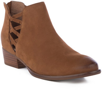 Seychelles Women's Casual boots BROWN - Brown Cutout Remembrance Leather Bootie - Women