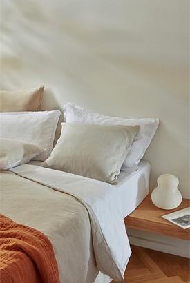 Country Road Hart 60x60 Cushion