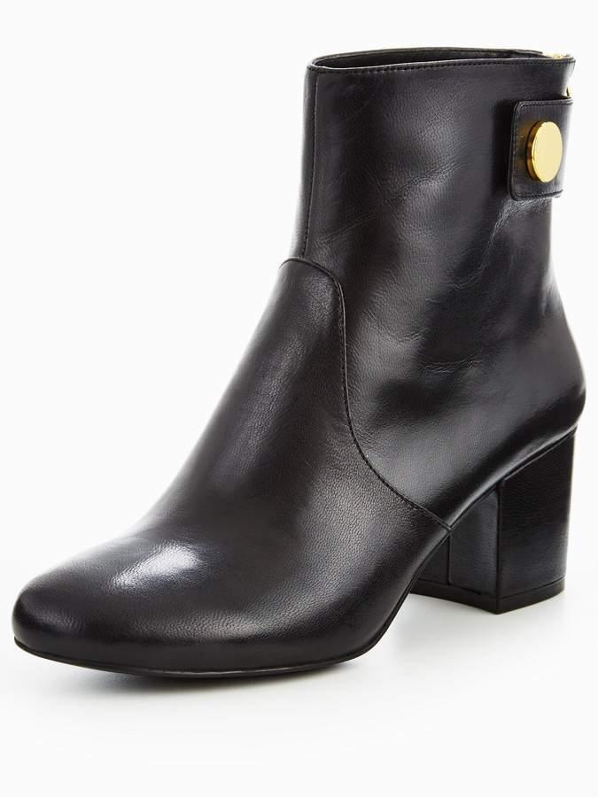 Nine West Quarryn Mid Heel Boot With Stud Detail