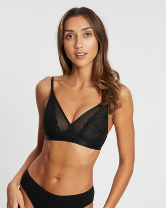 Marks and Spencer Lace Non-Wired Plunge Bralette