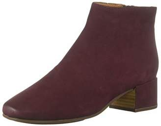 Gentle Souls by Kenneth Cole Women's Ella Low Heel Bootie Boot