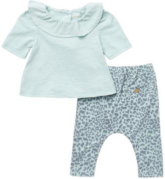 Jessica Simpson Ruffle Collar Top & Printed Pants Set
