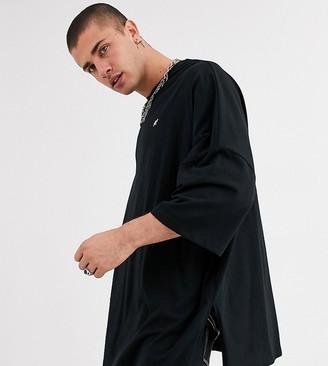 Heart N Dagger oversized t-shirt with side splits-Grey