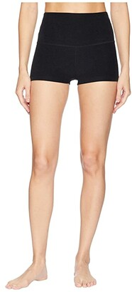 Beyond Yoga Spacedye Circuit High Waisted Shorts (Darkest Night) Women's Shorts