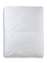 Cloud Nine Albergo Deluxe Medium Weight Comforter