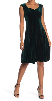 Gabby Skye Cap Sleeve Stretch Velvet Midi Dress
