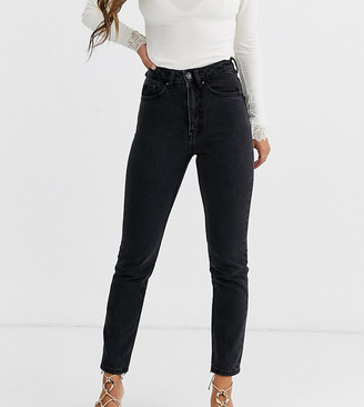 Vero Moda Petite high waist ankle grazer mom jean-Black