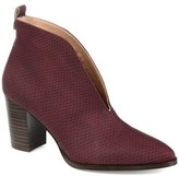 Brinley Co. Womens Textured V-cut Bootie