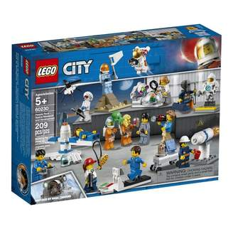Lego City Space Port People Pack Space Research and Develop 60230