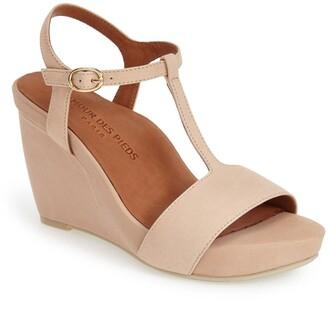 L'Amour des Pieds L'Amour des Pieds'Idelle' Platform Wedge Sandal