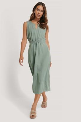 Trendyol Waist Pleated Midi Dress