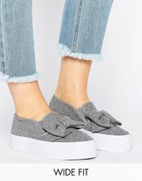Asos DISCOVER Wide Fit Bow Sneakers