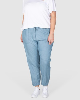 Love Your Wardrobe Danica Chambray Casual Pants
