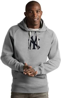 Antigua Men's New York Yankees Victory Hoodie