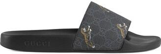 Gucci GG Supreme tigers slide sandal