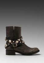 Steven Caris Boot