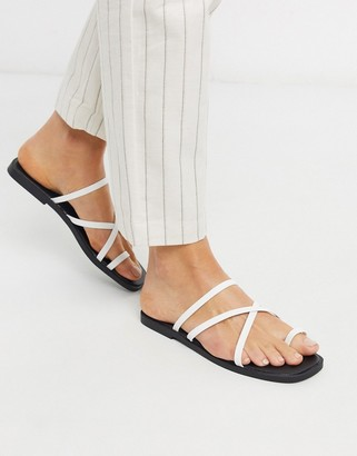 New Look strappy toe loop flat sandals in white