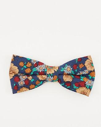 Le Château Floral Print Bow Tie