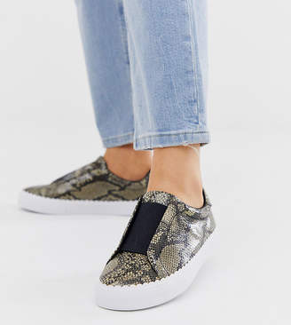 Asos Design DESIGN Wide Fit Devoted slip on trainers in natural snake-Multi
