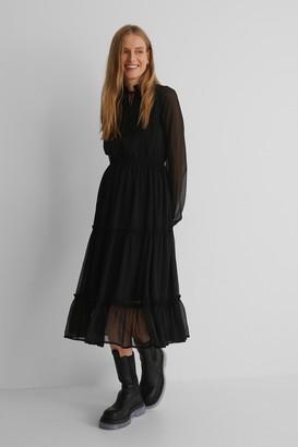 NA-KD Frill Neck Midi Dress