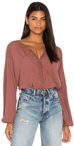 Astr Claudine Top in Mauve. - size L (also in M,S,XS)