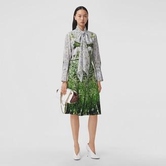 Burberry Meadow Print Crepe De Chine Pleated Skirt