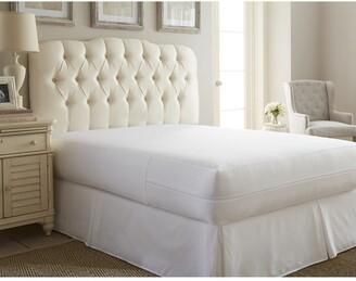 IENJOY HOME Twin Premium Mattress Protector - White