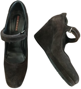 Prada Mary Jane Brown Velvet Heels