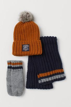 H&M 3-piece Knit Set