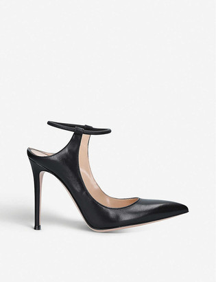 Fendi Karen pointed-toe leather courts