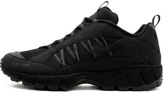 Nike Air Humara '17 Supreme sneakers