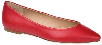 Journee Collection Moana Pointed Flat