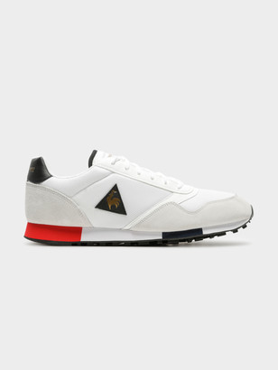 Le Coq Sportif Mens Delta Sneakers in White