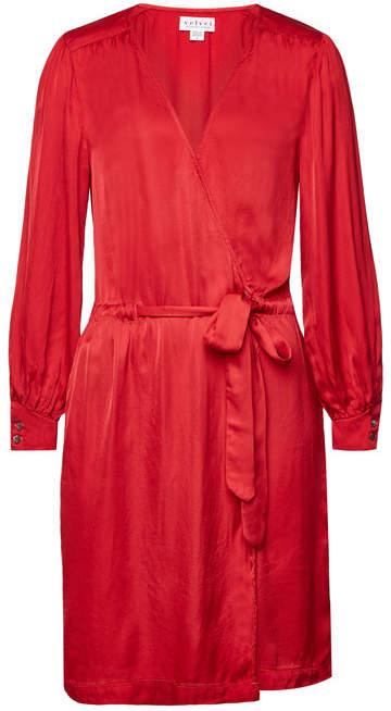 Velvet Chari Belted Dress