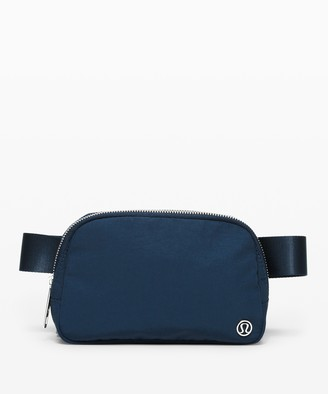 Lululemon Everywhere Belt Bag *1L