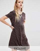 Reclaimed Vintage Short Sleeve Smock Dress In 90S Ditsy Floral