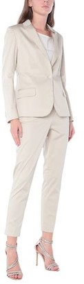 Brian Dales Women's suit
