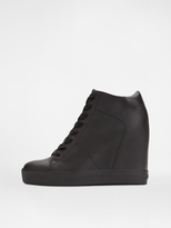 DKNY Ginnie Sneaker